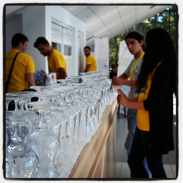 #swplovdiv The cups are whaiting to be filled up once again with great coctails.