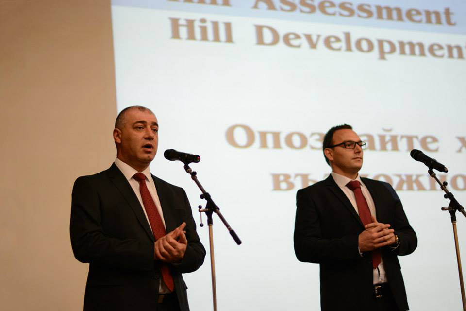 Representatives from Job Tiger and Met Life opened the event